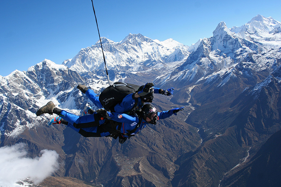 Man with MS skydives over Everest